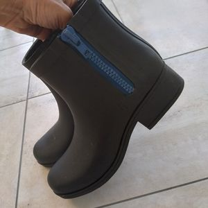 Women's size 7m Lucky Brand ankle boots